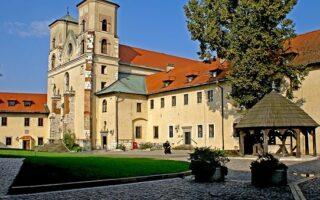 co zwiedzić w okolicy Krakowa?